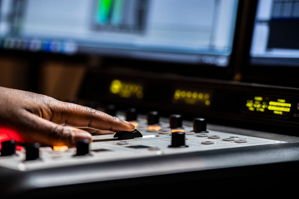 Your Quick Guide to Music Licensing for Business